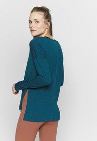 Nike Performance - DRY LAYER  - Sports shirt - valerian blue/heather/industrial blue - 2