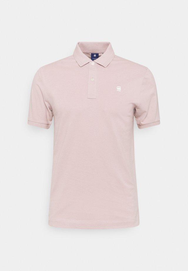 DUNDA SLIM - Polo shirt - light pink