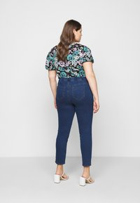 Evans - JEGGING - Leggings - Trousers - midwash - 2