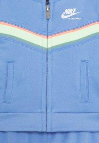 Nike Sportswear - HERITAGE SET - Hoodie met rits - royal pulse - 2