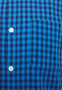 GAP - V-OXFORD BASICS SLIM FIT - Košile - blue gingham