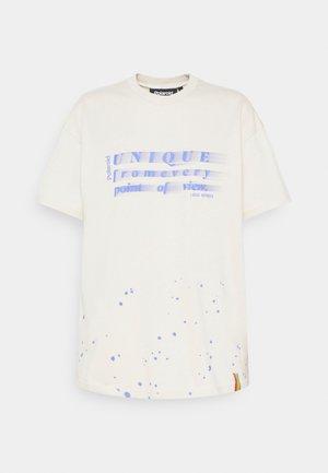 ORIGINAL POLAROID TEE - T-shirt print - nude