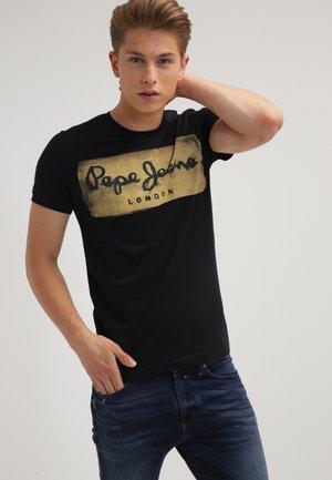 CHARING - Print T-shirt - 999black