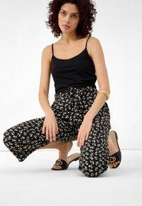 ORSAY - Trousers - beigegrau - 3