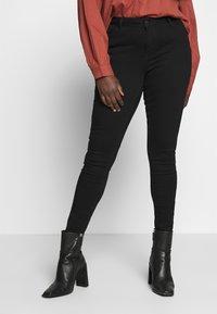JUNAROSE - by VERO MODA - JRFOUR SHAPE NW BLACK JEANS  - Jeans Skinny Fit - black - 0