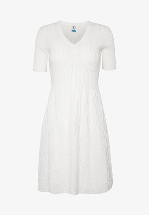 DRESS - Strikket kjole - white