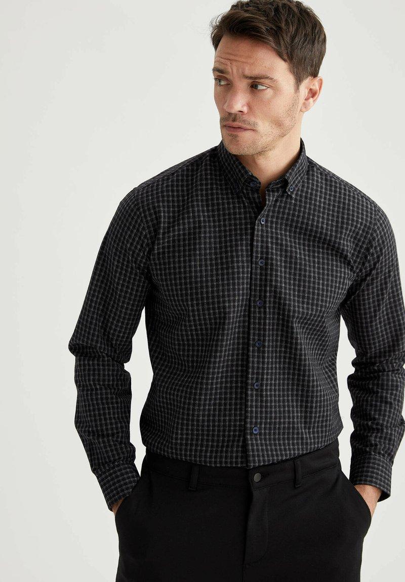 DeFacto - Shirt - indigo