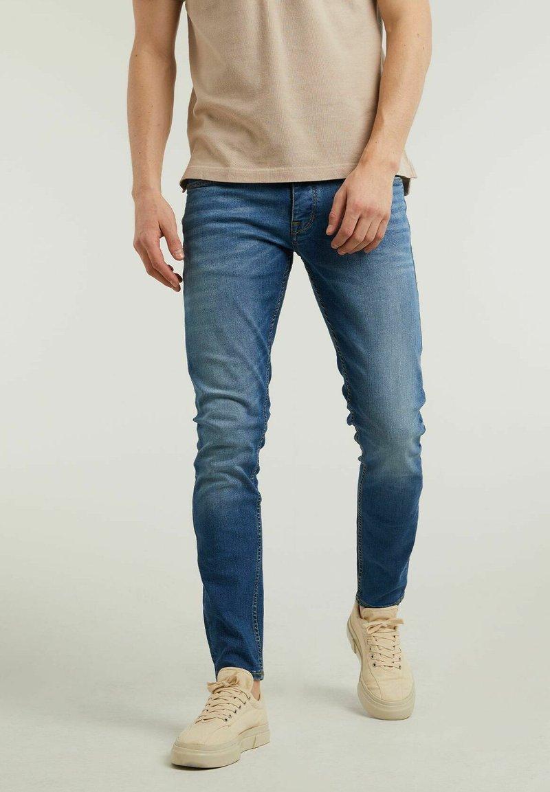 CHASIN' - CARTER  - Slim fit jeans - blue