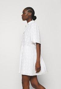 Stella Nova - Košilové šaty - white - 4
