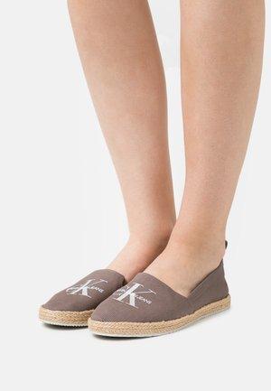 PRINTED  - Espadrilles - dusty brown