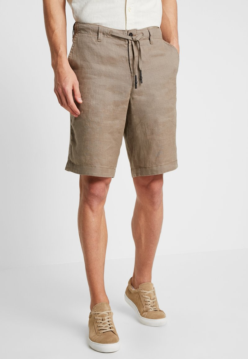 Benetton - Shorts - brown