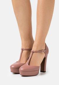 L'Autre Chose - D'ORSAY - High heels - ancient pink - 0