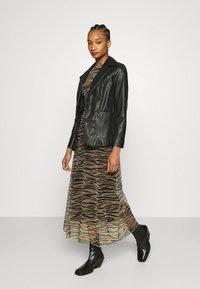 Calvin Klein Jeans - ZEBRA DRESS - Maxi dress - irish cream/black - 1