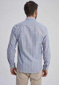 Auden Cavill - MARVIC - Shirt - navy - 1