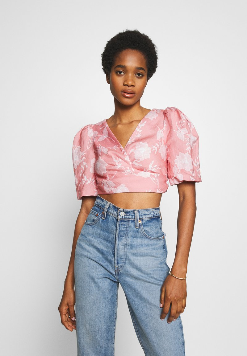 Forever New - PUFF SLEEVE WRAP - Blouse - pink