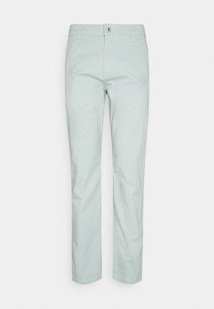 ALPHA ORIGINAL - Chino - aqua grey