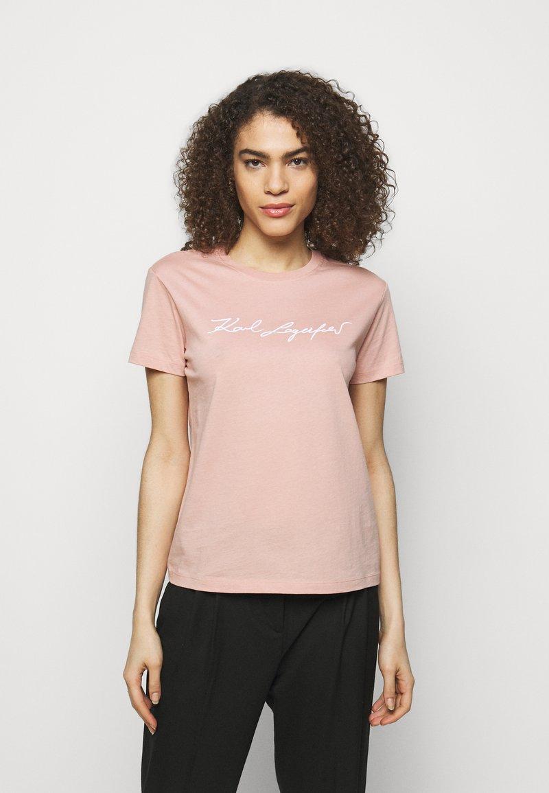 KARL LAGERFELD - SIGNATURE - Print T-shirt - rose