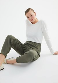 Trendyol - Korte jassen - green - 4