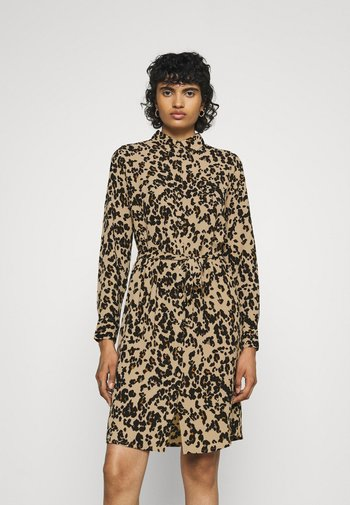 VMSAGA COLLAR SHIRT DRESS  - Abito a camicia - fenya