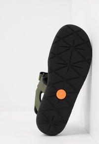 Timberland - PERKINS ROW 2 STRAP - Walking sandals - dark green - 4