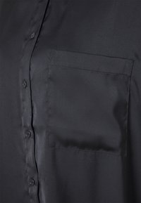 Monki - CATCHING BLOUSE UNIQUE - Skjorta - black - 2