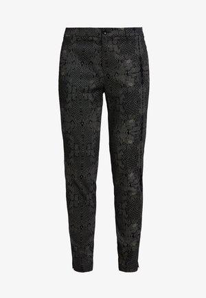 DREBEA PANT TESSA FIT - Trousers - black