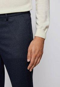 BOSS - KAITO - Trousers - dark blue - 3