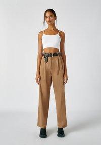 PULL&BEAR - Kalhoty - camel - 1