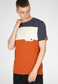 NXG by Protest - Print T-shirt - spicy - 4