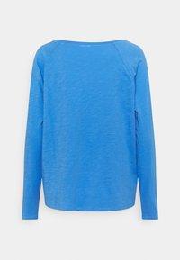 Marc O'Polo DENIM - LONG SLEEVE RAGLAN SLEEVE RELAXED FIT - Long sleeved top - intense blue - 1