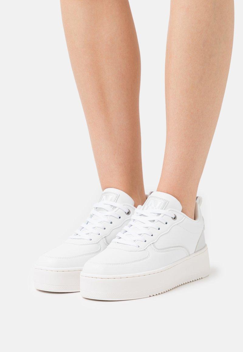 Napapijri - RIVER - Trainers - bright white