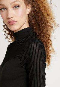ONLY - ONLNIELLA DRESS - Vestido ligero - black - 5