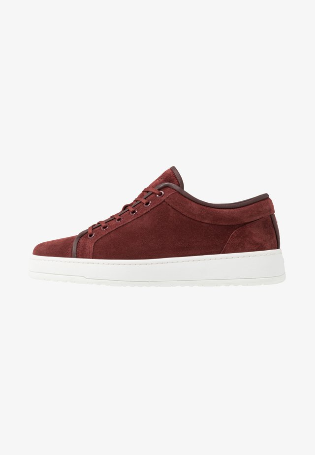 PORT ROYALE - Sneakers basse - bordeaux