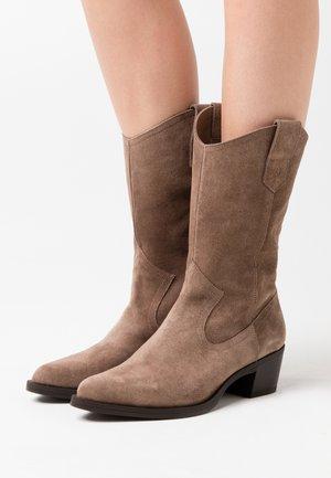 GLADIS - Cowboy/Biker boots - taupe