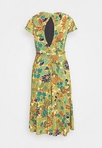 King Louie - BETTY PARTY DRESS SAN FELIPE - Jersey dress - ceylon yellow - 8