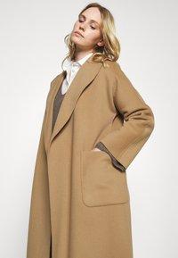 WEEKEND MaxMara - ROVO - Classic coat - camel - 3