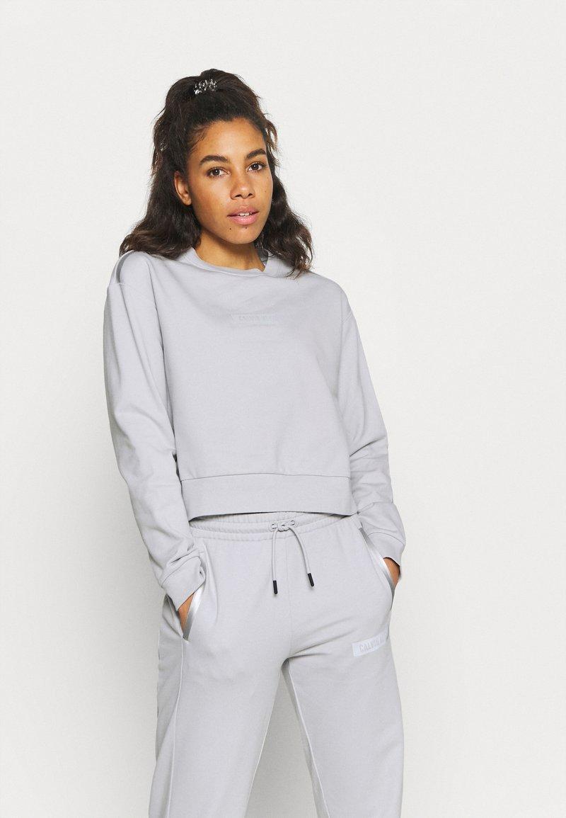 Calvin Klein Performance - Sweatshirt - antique grey