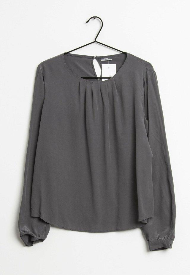 Blouse - grey