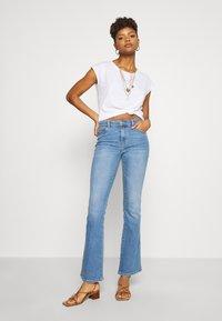 Leon & Harper - TOVOU PEARL - Print T-shirt - white - 1