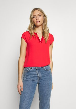 Blouse - milky red