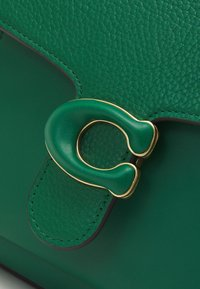 Coach - COVERED CLOSURE TABBY TOP HANDLE - Handbag - green - 4