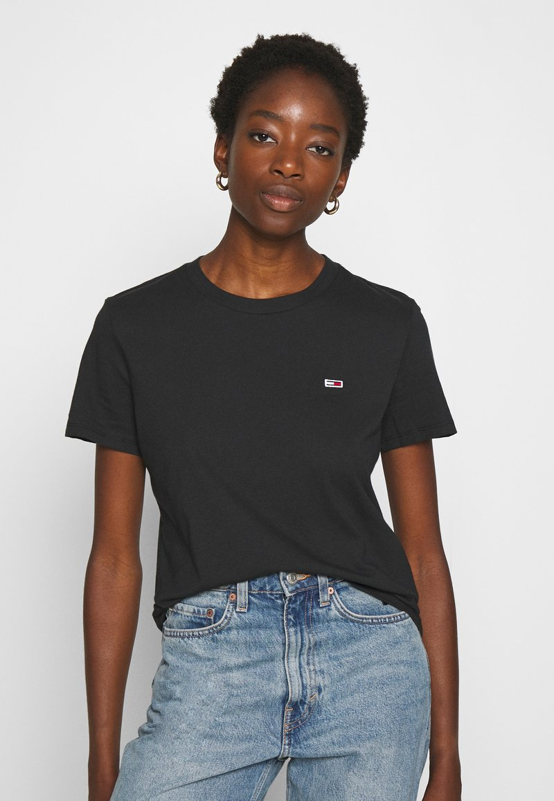 Tommy Jeans - REGULAR C NECK - Jednoduché triko - black