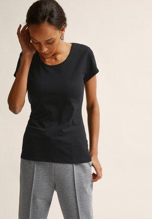 MOA  - T-shirt basic - black