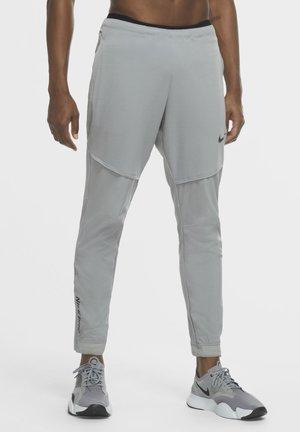 FLEX PANT  - Tracksuit bottoms - particle grey/black