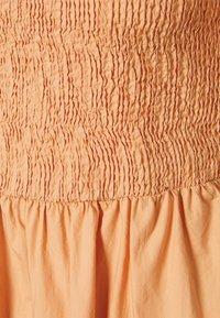 Pieces - PCTALIAH ANKLE DRESS - Maxi dress - sandstone - 2