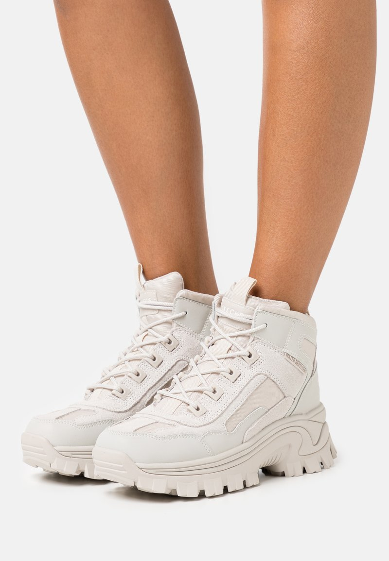 Skechers Sport - STREET BLOX - Ankle boots - offwhite