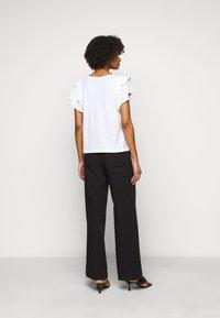 DRYKORN - JISANE - Print T-shirt - weiss - 2