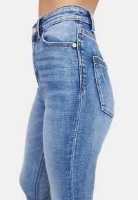 Stradivarius - Jeans Skinny Fit - blue denim - 3