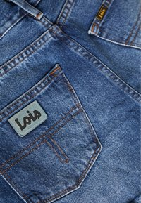 LOIS Jeans - SANTA - Jeansshorts - stone - 5