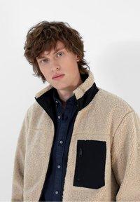 Scalpers - REVERSIBLE - Fleece jacket - beige - 5
